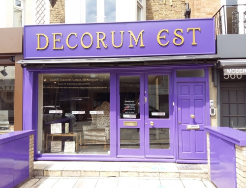 Decorum Est, Kings Road, London Shopfront Painting